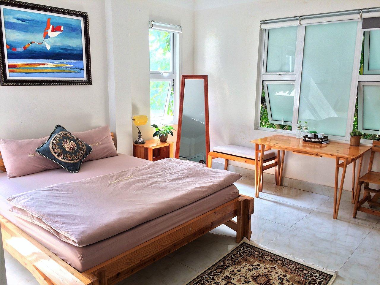 Không gian phòng ngủ cực đẹp tại Little Cát Bà Homestay